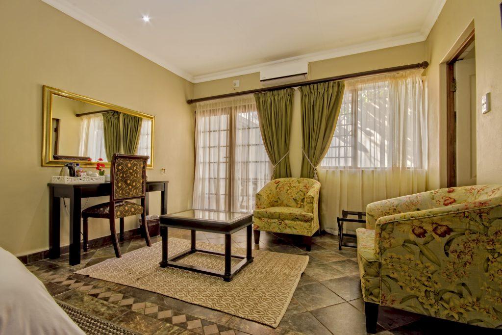 room 4 lounge area