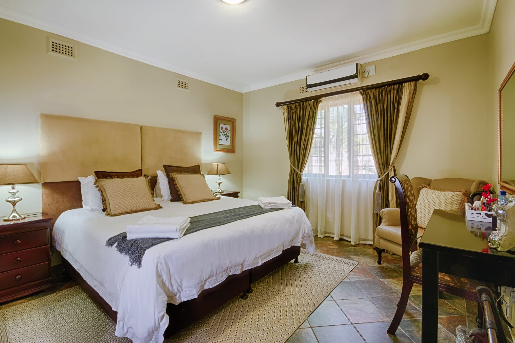 accommodation special 2017 at heritage house